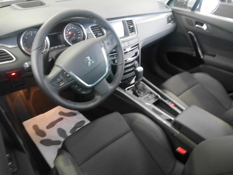 Photo 7 de l'offre de Peugeot 508 SW 1.6 BlueHDi 120ch Allure S&S EAT6 à 24 980 € chez SudOuest Occasions