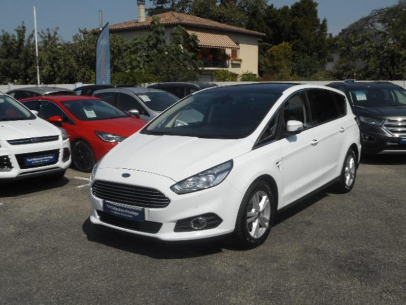 Photo 1 de l'offre de Ford S-MAX 2.0 TDCi 150ch Stop&Start Executive PowerShift à 27 690 € chez SudOuest Occasions