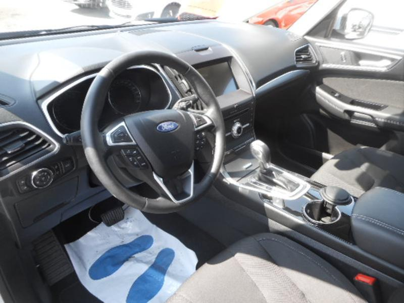 Photo 8 de l'offre de Ford S-MAX 2.0 TDCi 150ch Stop&Start Executive PowerShift à 27 690 € chez SudOuest Occasions