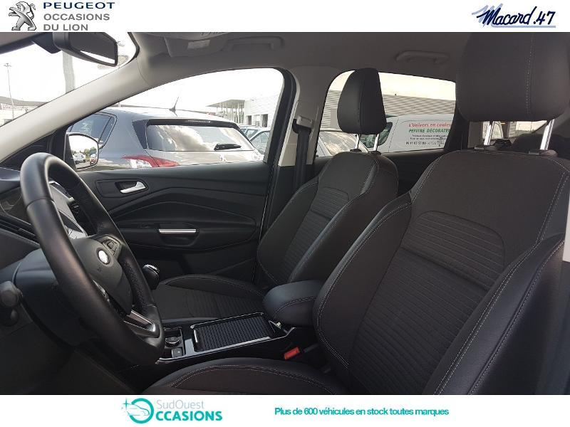 Photo 9 de l'offre de Ford Kuga 2.0 TDCi 150ch Stop&Start Titanium Business 4x2 à 23 990 € chez SudOuest Occasions