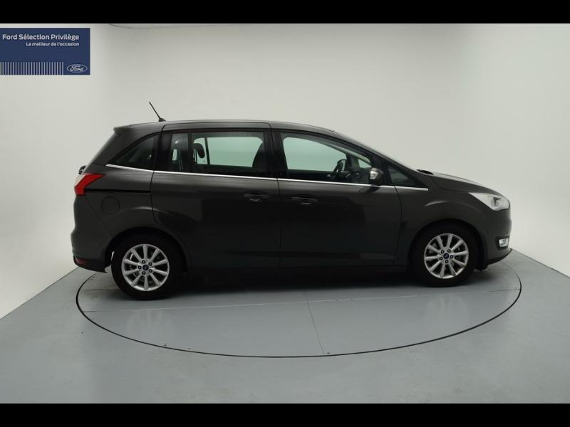 Photo 3 de l'offre de Ford Grand C-MAX 1.5 TDCi 120ch Stop&Start Titanium PowerShift Euro6.2 à 20 480 € chez SudOuest Occasions