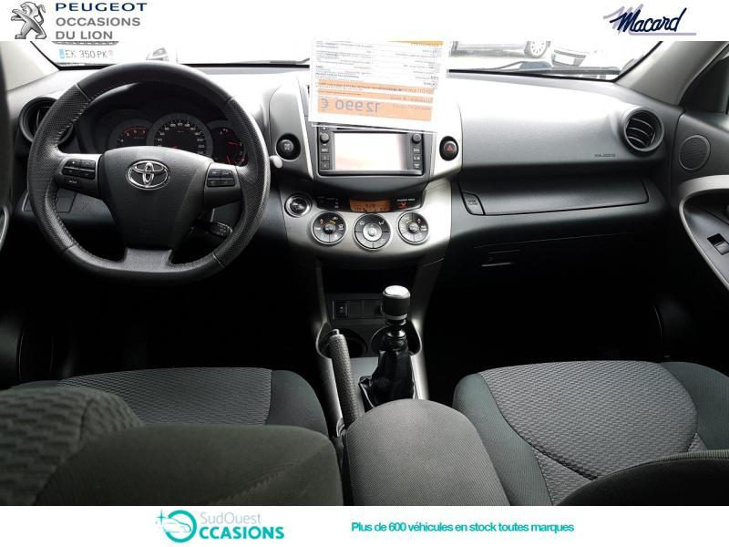 Photo 8 de l'offre de Toyota RAV4 150 D-4D FAP Limited Edition 4WD 2012 à 12 990 € chez SudOuest Occasions