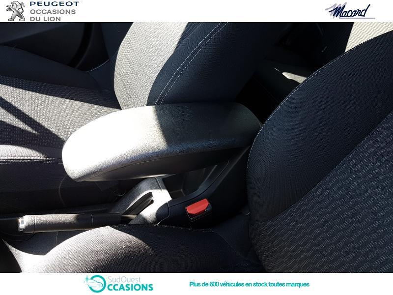 Photo 20 de l'offre de Peugeot 208 1.6 BlueHDi 100ch Active Business S&S 5p à 11 400 € chez SudOuest Occasions