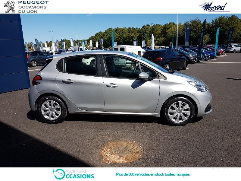 Photo 4 de l'offre de Peugeot 208 1.6 BlueHDi 100ch Active Business S&S 5p à 11 400 € chez SudOuest Occasions