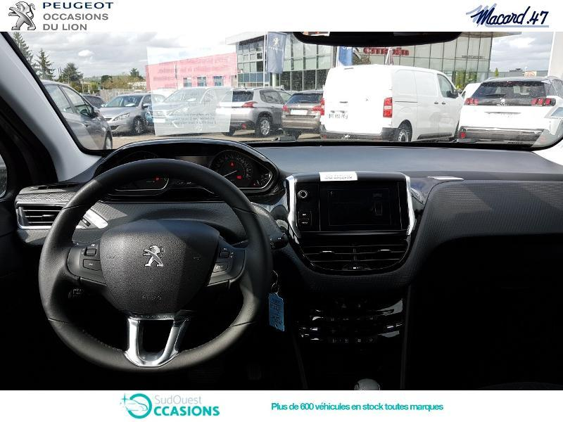 Photo 8 de l'offre de Peugeot 2008 1.2 PureTech 110ch E6.c Signature S&S EAT6 à 16 900 € chez SudOuest Occasions