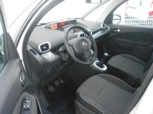 Photo 4 de l'offre de Citroën C3 Picasso BlueHDi 100 Confort à 10 390 € chez SudOuest Occasions
